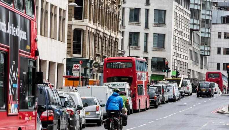 Корпорация City of London прекратит закупать дизельный транспорт для города фото:standard.co.uk