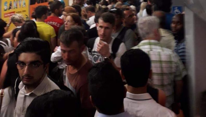 Работа лондонского метро в пятницу была нарушена многочисленными поломками
