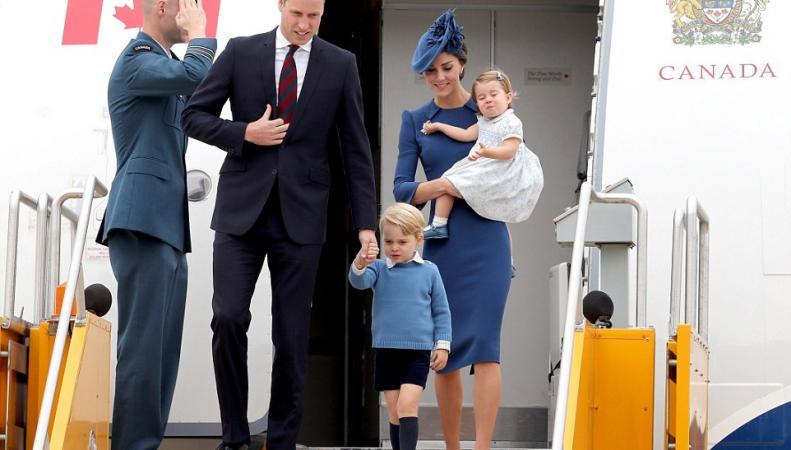 Королевский визит в Канаду: Безупречный стиль герцогини Кейт фото:dailymail.co.uk