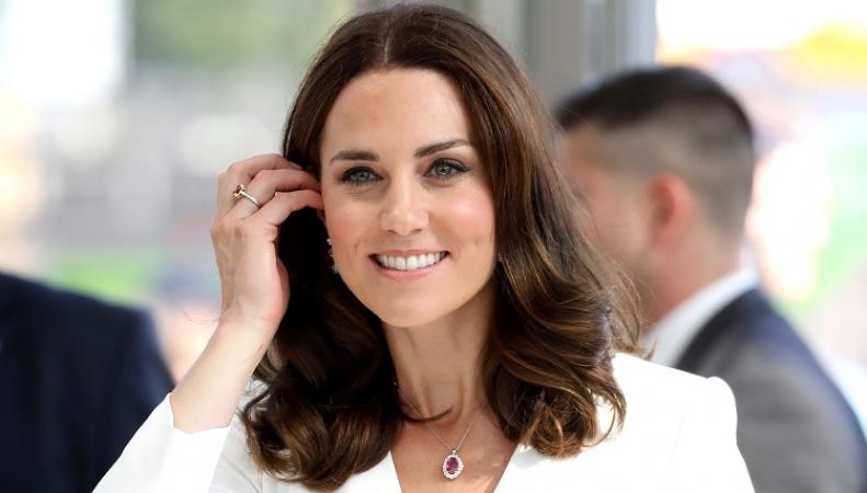 Кейт Миддлтон: лучшие прически герцогини за 2017 год