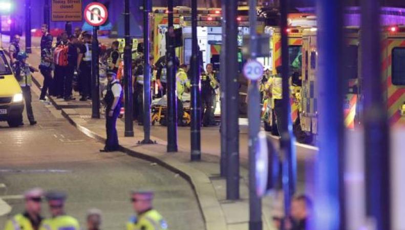 Итоги ночи террора: семь погибших и не менее сорока восьми раненых фото:standard.co.uk