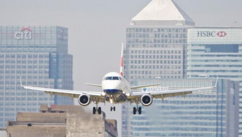 Проект расширения лондонского аэропорта получил одобрение в правительстве фото:bbc.com