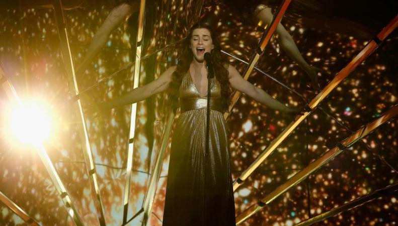 Зрители «Евровидения»  подшутили над исполнительницей из Великобритании фото:standard.co.uk