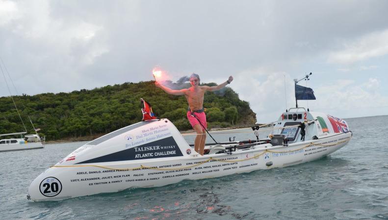 Британский подросток в одиночку переплыл Атлантический океан