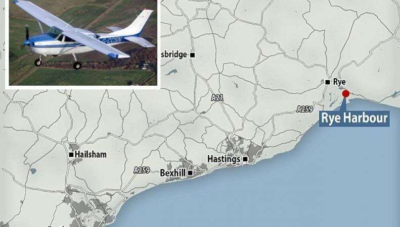 Самолет упал в море в акватории Восточного Сассекса