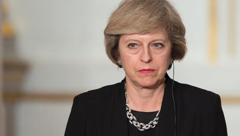 Тереза Мэй извинилась перед премьер-министром Польши за ксенофобские выходки британцев фото:independent.co.uk