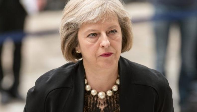 Тереза Мэй потребовала свести к минимуму бюджет международной помощи фото:thesun.co.uk