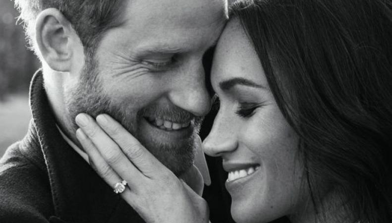 Кенсингтонский дворец показал новые фото счастливых Меган и Гарри