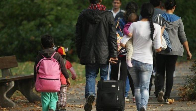 Европейский суд разрешил Великобритании не платить детские пособия мигрантам фото:bbc.com