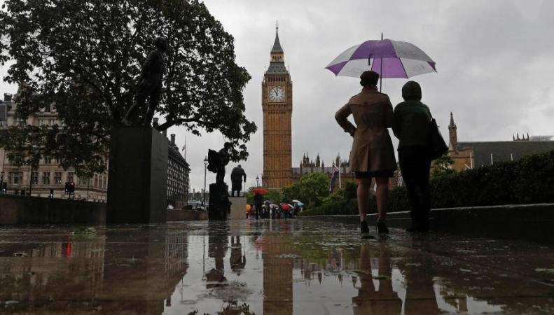 Популярная лампа Биг-Бена встолице Англии потухнет впервый раз за70 лет
