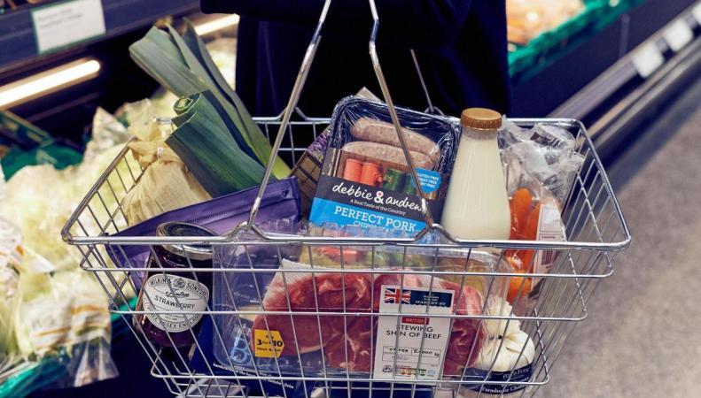 Сеть супермаркетов Morrisons меняет закупочную политику фото:independent