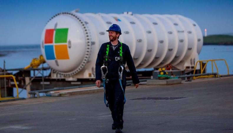 Microsoft утопил сервера у побережья Шотландии