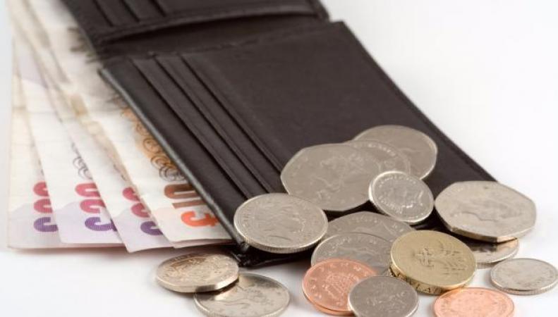 Закон о национальном прожиточном минимуме в Великобритании может быть пересмотрен фото:dailymail.co.uk