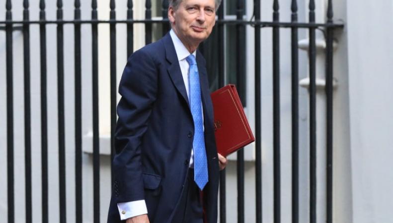 Минфин Великобритании запланировал масштабные инвестиции в жилье эконом-класса фото:thesun.co.uk