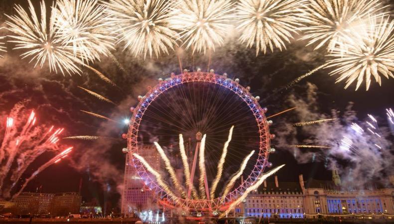 Новогодний фейерверк в Лондоне: первая партия билетов выставлена на продажу фото:standard.co.uk