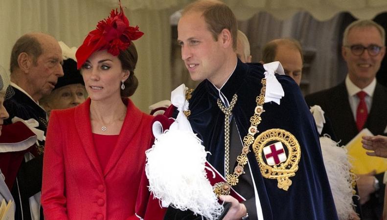 Герцогиня Кейт посетила шествие рыцарей Ордена Подвязки фото:dailymail.co.uk