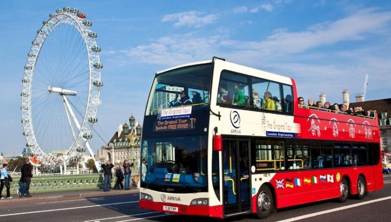 Теракт в Вестминстере не навредил популярности Лондона у туристов со всего мира