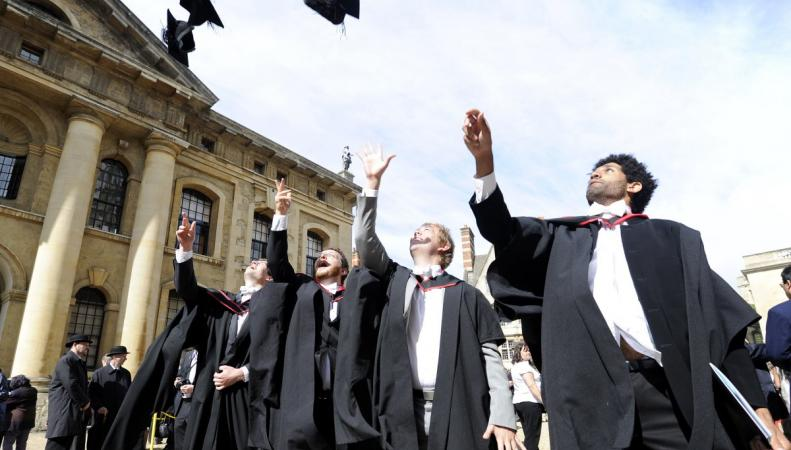 Названы самые доступные для жизни университетские города Великобритании фото:businessinsider.com