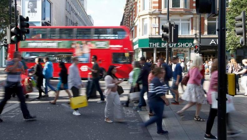 Великобритания стала местом паломничества любителей шопинга tax-free фото:theguardian.com