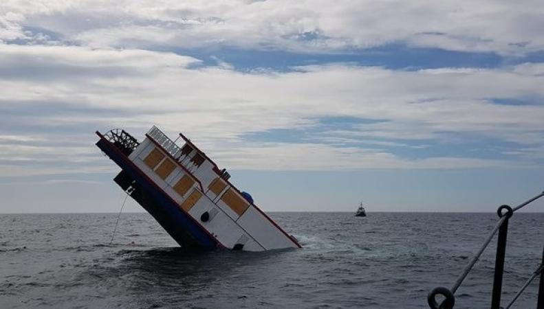 Колесный пароход затонул у берегов Уэльса