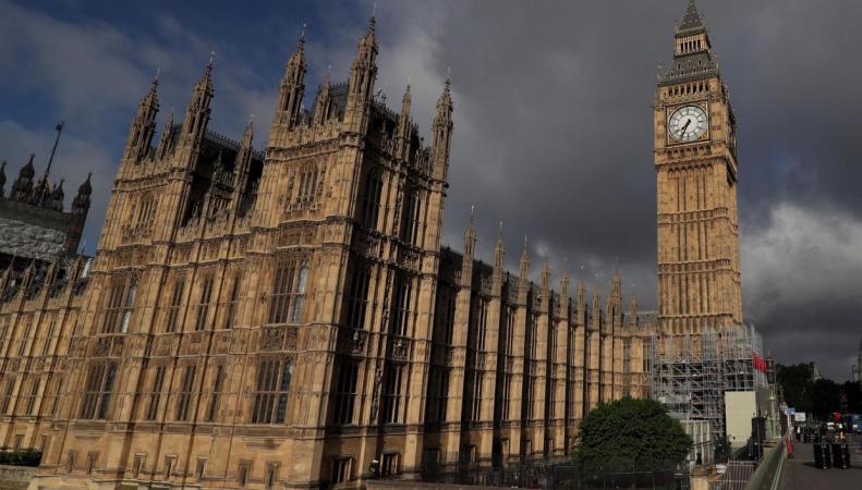 Депутаты Палаты общин обсудили вопрос понижения возрастного ценза на выборах