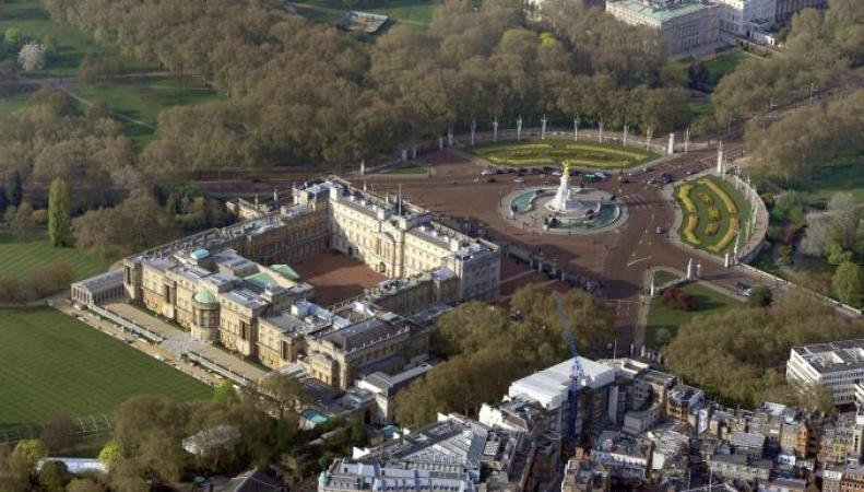 Нарушитель задержан на территории Букингемского дворца
