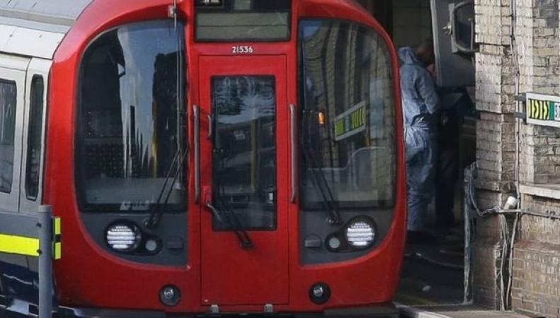 Взрыв в лондонском метро квалифицирован как теракт фото:bbc