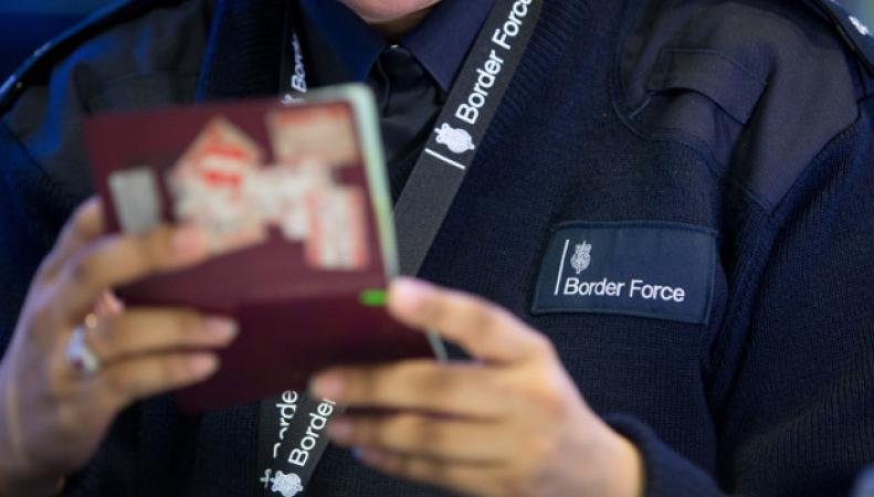 Пограничная служба Хитроу не справилась с летним пассажиропотоком фото:bbc.com