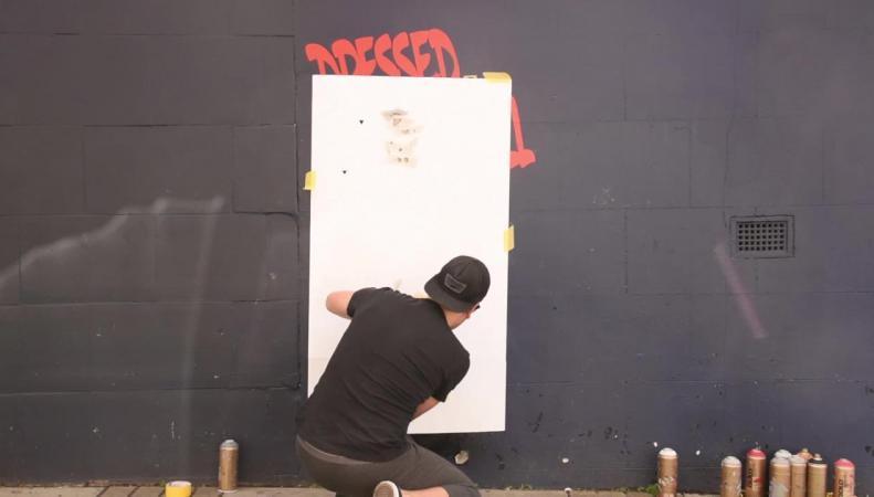 Лондонский граффитист отреагировал на обещание тори вернуть охоту на лис фото:standard.co.uk