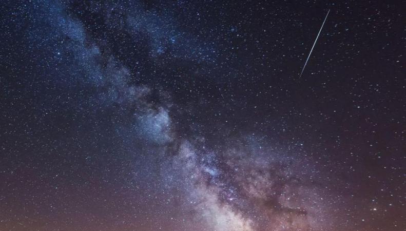 В небе над Великобританией пройдет метеоритный дождь фото:standard