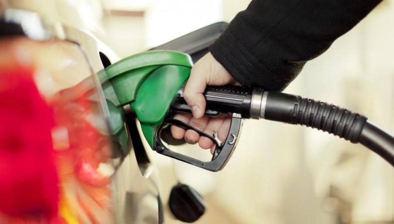 Цены на британских заправках достигли максимума за три года и будут расти