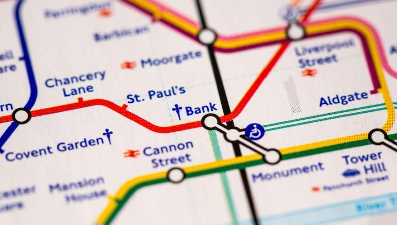Как будет работать общественный транспорт в Лондоне в первые майские банковские выходные