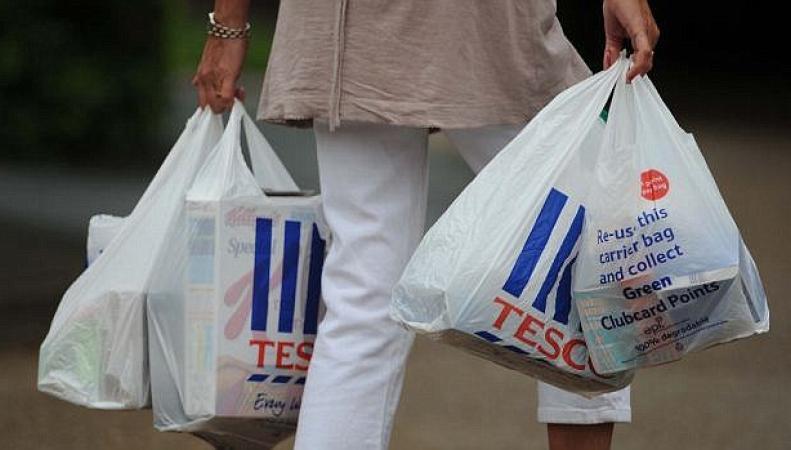 Британцы отказались миллиардов полиэтиленовых пакетов фото:dailymail.co.uk