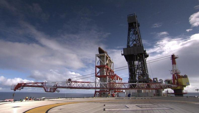 Нефтедобывающая платформа BP закрыта из-за разлива нефти фото:bbc.com