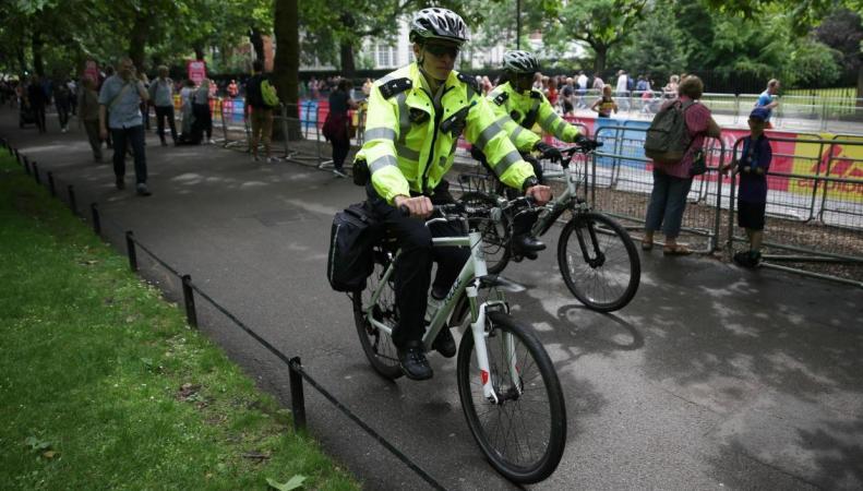 Скотланд-Ярд пересадит на велосипеды полицейских в штатском фото:standard.co.uk