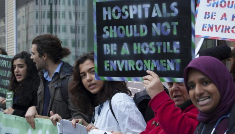 Британские врачи возмущены переходом NHS на предоплату в оказании услуг иностранцам