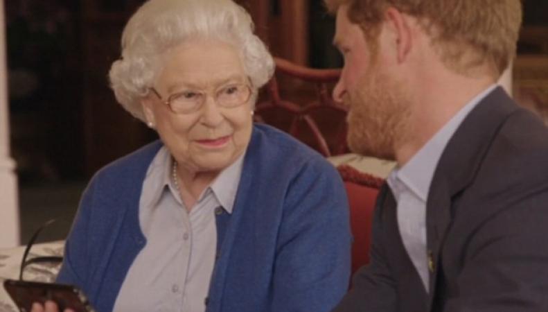 Королева Елизавета II ответила на вызов Барака Обамы в рекламе Invictus Games фото:dailymail.co.uk