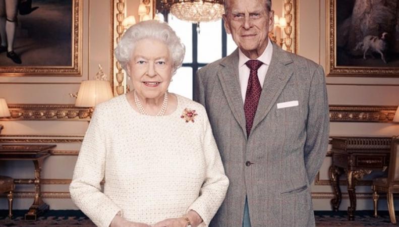 Королева Елизавета и принц Филипп отмечают семидесятилетний юбилей свадьбы