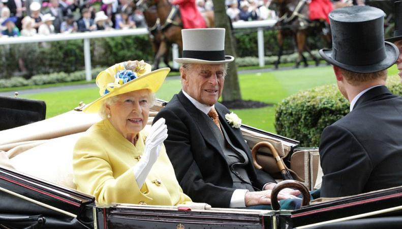 Ее Величество посетила королевские скачки Royal Ascot