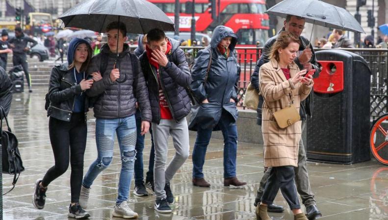 MetOffice пообещал британцам еще один штормовой и снежный уикенд