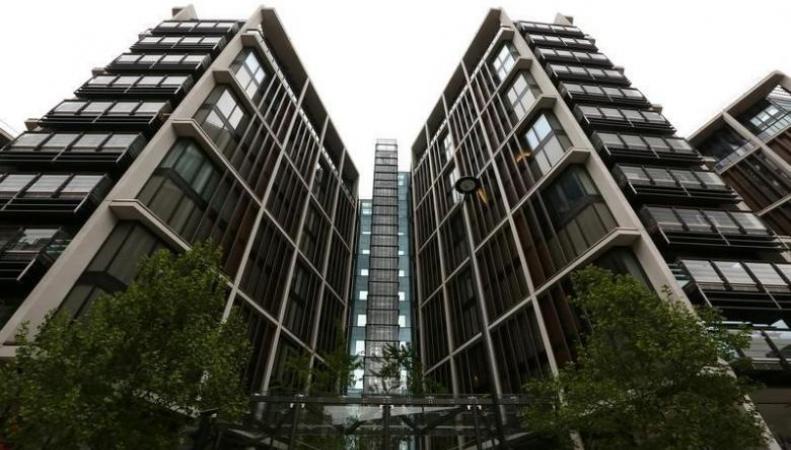 Продажи домов высшей ценовой категории в Великобритании упали на 86% фото:reuters