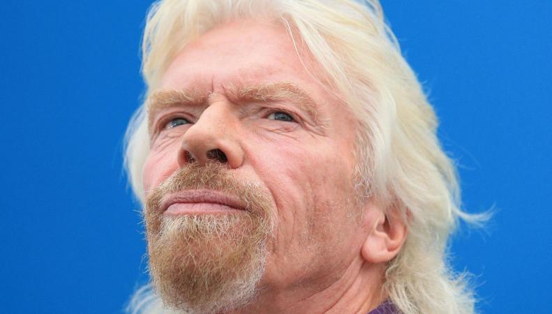 Ричард Брэнсон станет первым космотуристом в Virgin Galactic