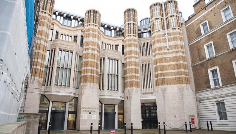 Британский Парламент на шесть лет подчинится закону Шариата фото:dailymail.co.uk