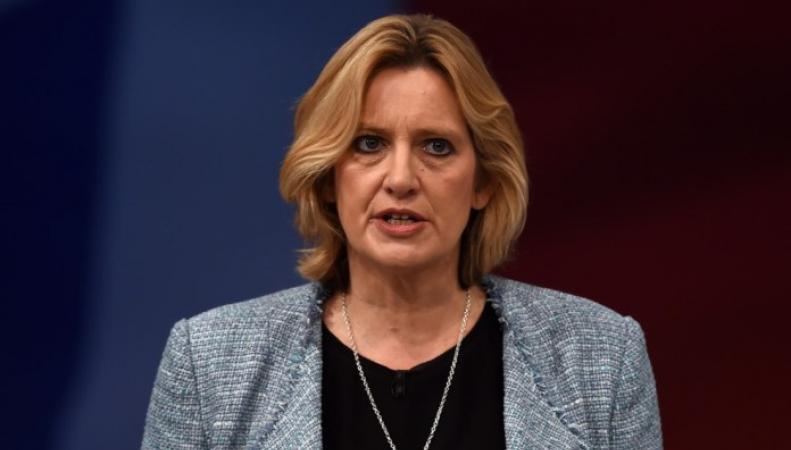 Британское правительство перейдет к поголовному учету иностранных работников через работодателей фото:telegraph.co.uk