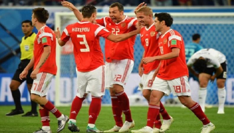 США и Великобритания потребовали от FIFA проверить российских футболистов на допинг