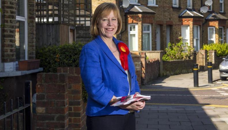 «Зеленые» снимают кандидатов в пользу выдвиженцев от лейбористской партии фото:standard.co.uk