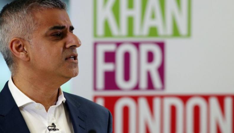 Садик Хан представил план решения проблемы дефицита доступного жилья фото:ibtimes.co.uk