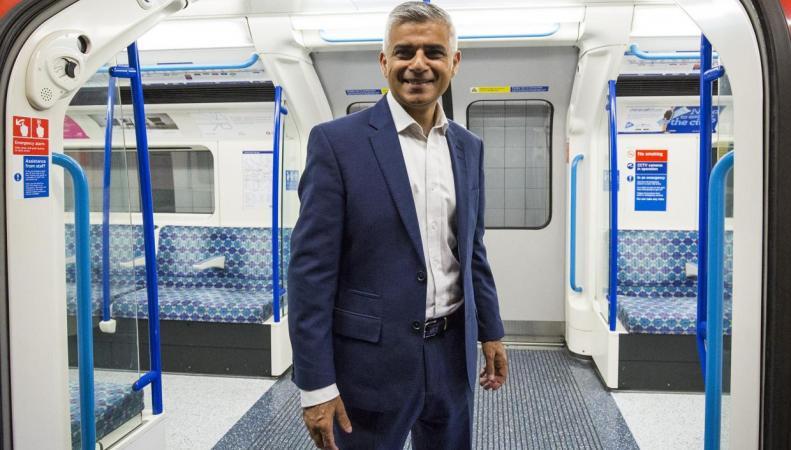 Мэрия Лондона после Brexit начнет выдавать собственные разрешения на работу фото:independent.co.uk