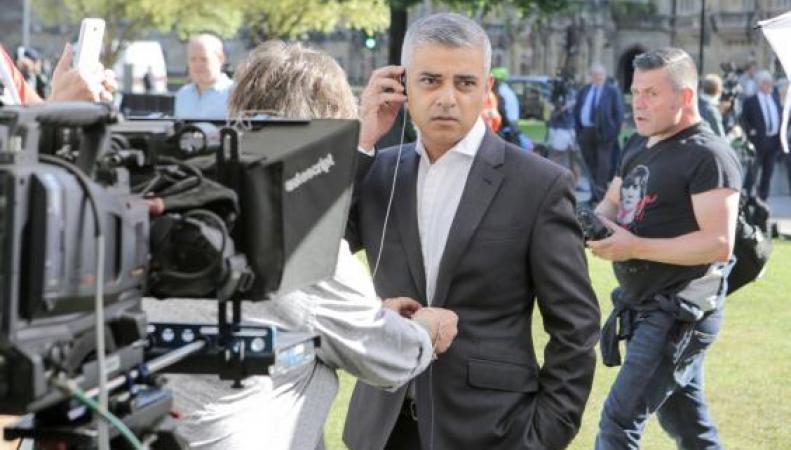 Жители Лондона начали кампанию за независимость от Великобритании – Londependence фото:standars.co.uk