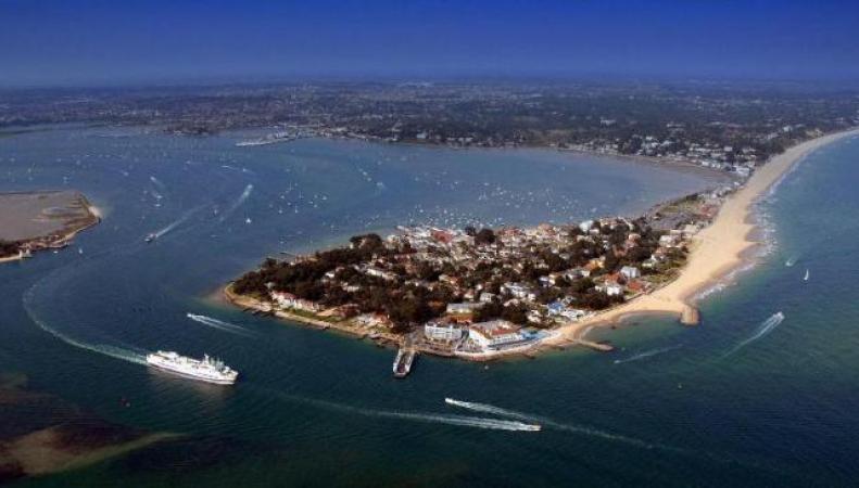 Названы приморские города Великобритании с самой дорогой недвижимостью фото:bt.com